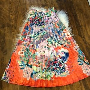Stunning H&M skirt,